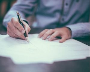 Как написать заявление на выплату социального пособия на погребение в 2020 году